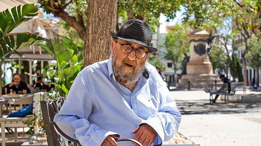 El poeta Toni Roca. | VICENT MARÍ