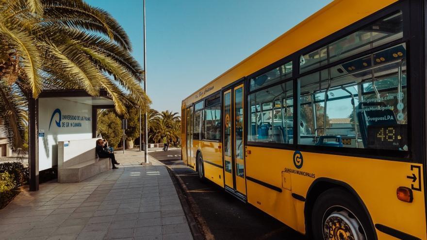 Las guaguas de la línea 25 modifican su recorrido en dirección al campus de Tafira