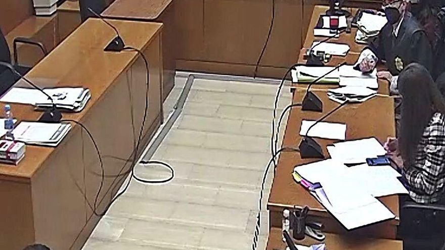 El judici a l'acusat de violar la filla de la seva cosina queda vist per sentència