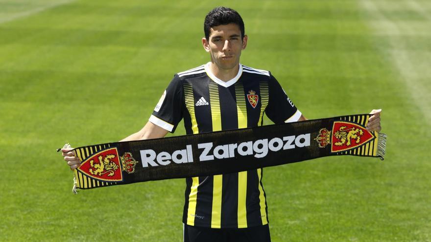 ENCUESTA | ¿Te gusta la nueva segunda equipación del Real Zaragoza?