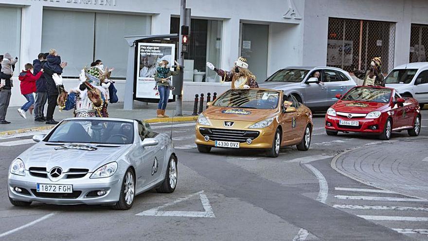 El PP denuncia que la cabalgata de Xàtiva  usó vehículos sin ITV