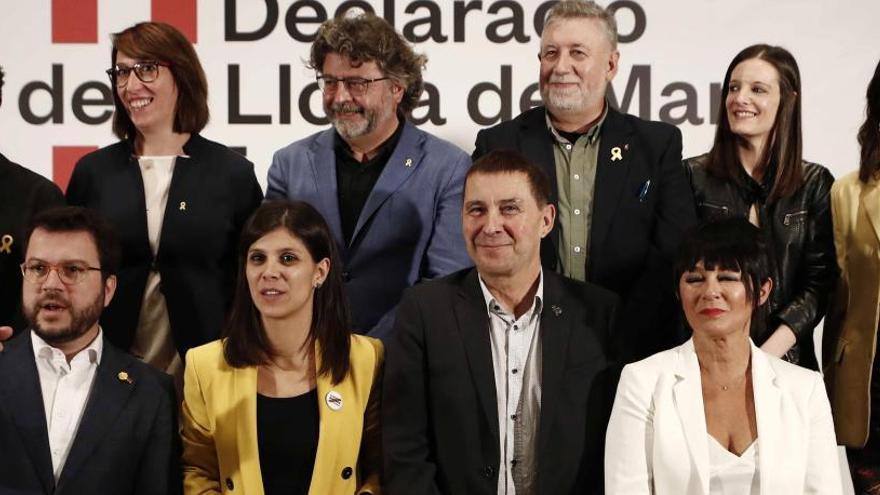 """EH Bildu, Més y BNG piden con el independentismo catalán liberar a los """"presos políticos"""""""