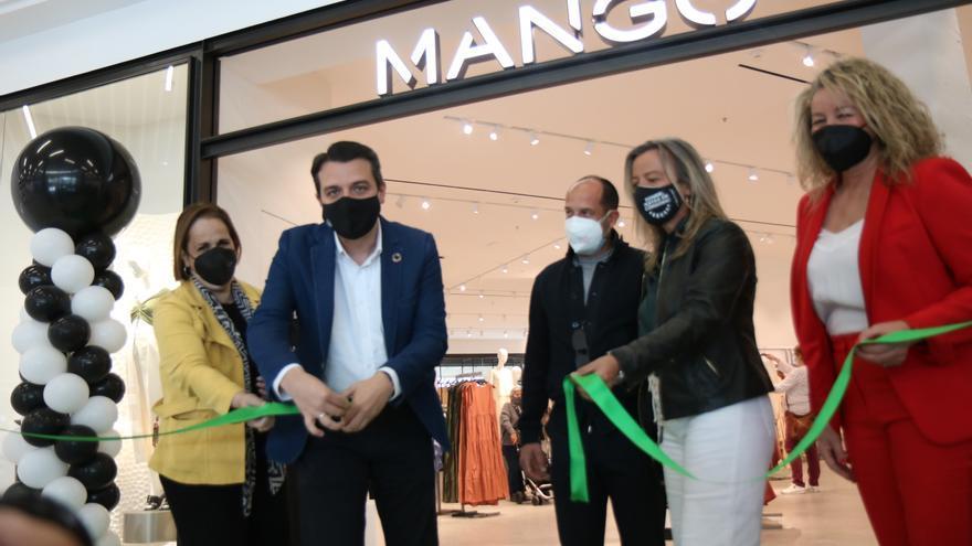 Mango abre una tienda en el Centro Comercial La Sierra