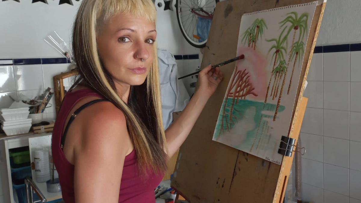 La artista emeritense Ana Bermejo