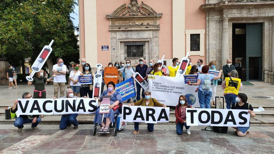 València pide liberar las patentes de las vacunas de la covid