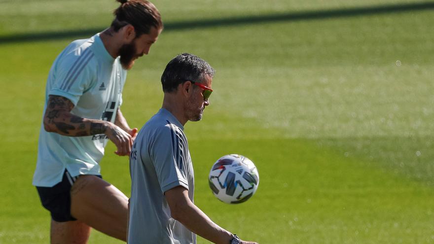 """Sergio Ramos: """"Me duele no defender a España, pero es mejor descansar"""""""