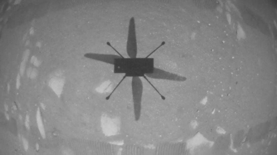 El helicóptero Ingenuity logra con éxito su primer vuelo en Marte