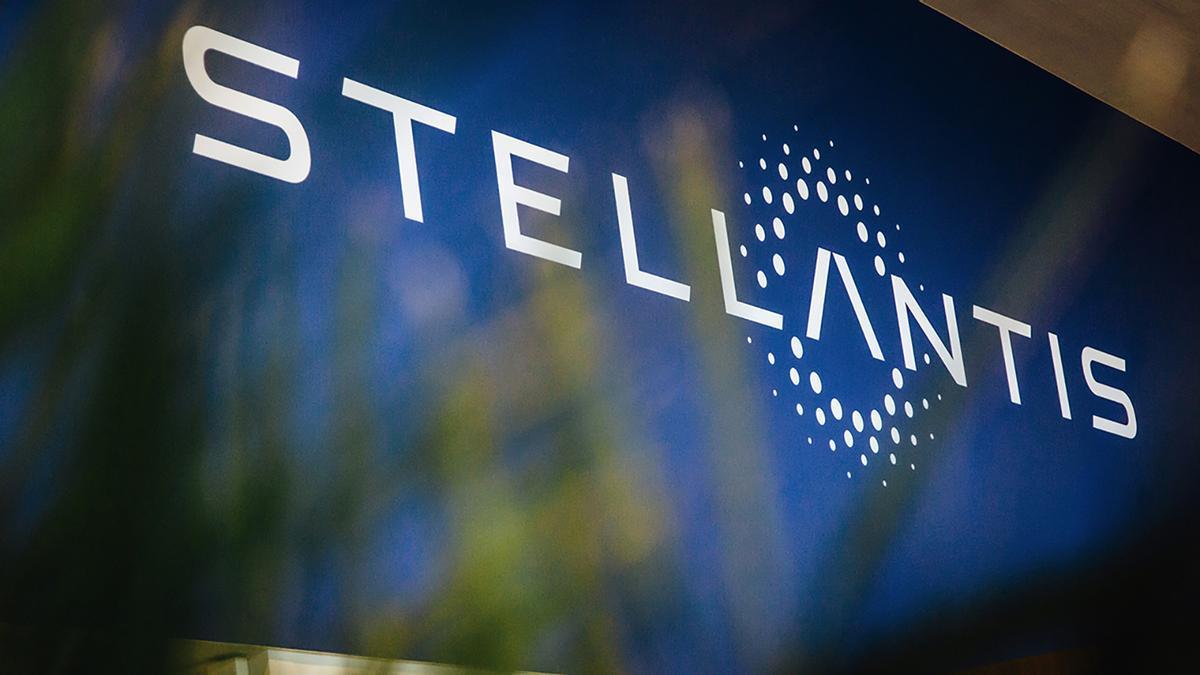 Stellantis se asocia con Foxconn para desarrollar nuevas tecnologías para vehículos
