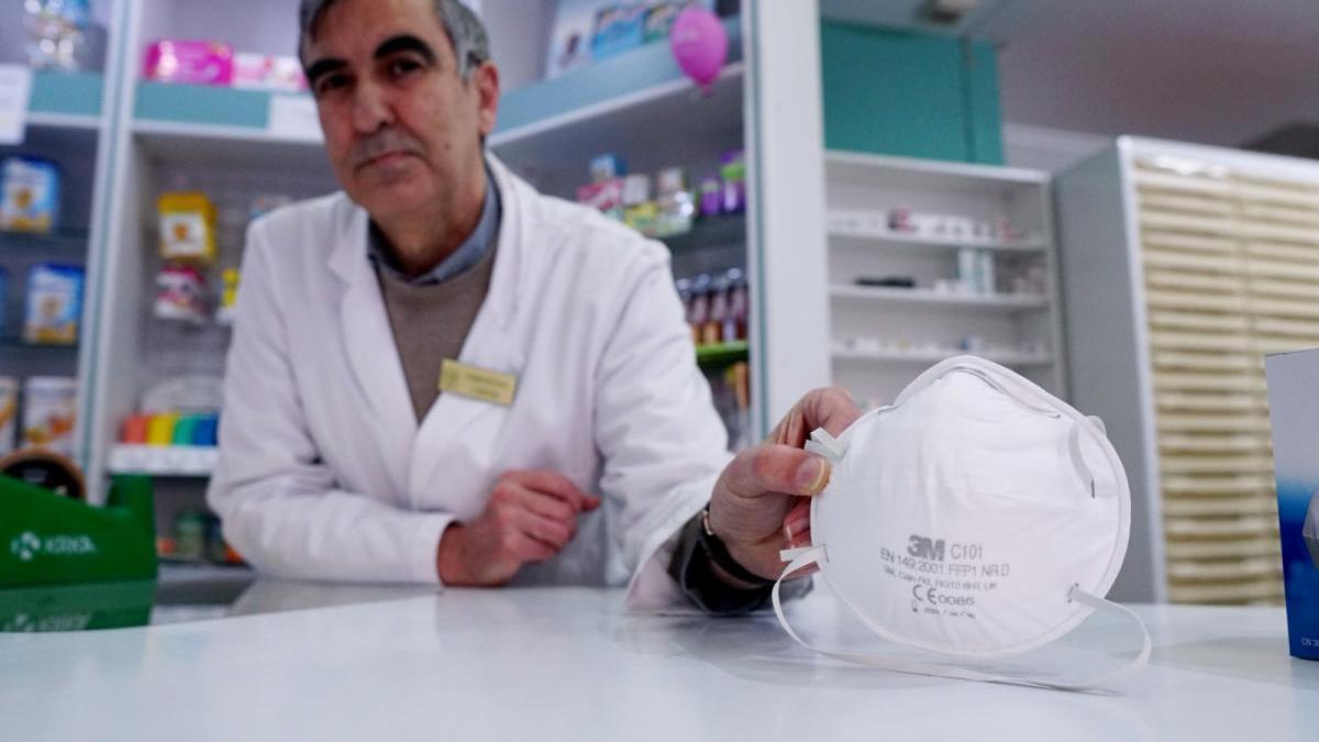 Los almacenes se quedan sin mascarillas, pero algunas farmacias de Córdoba aún tienen