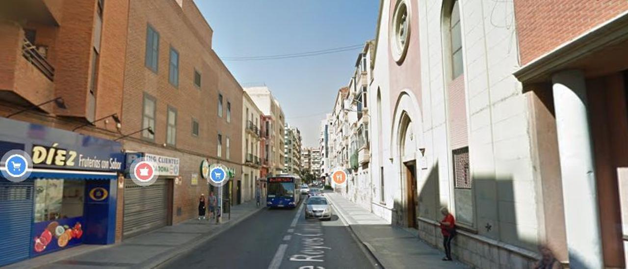 Imagen extraída de Google Maps de la Calle Reyes Católicos, Alicante