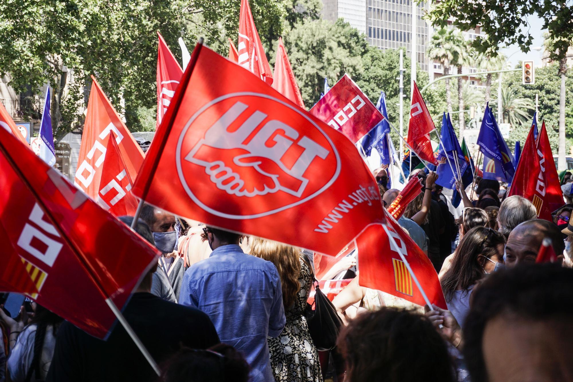 Los trabajadores de Caixabank de Mallorca secundan la huelga