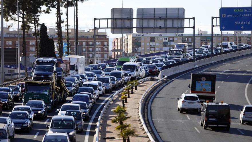 Wuhan pone en alerta a València: hay que frenar la escalada del coche privado