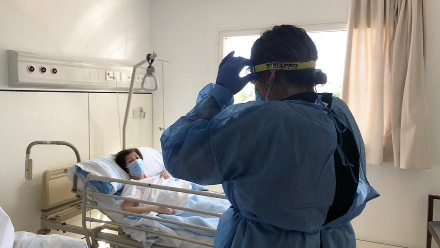 El número de hospitalizados en Ibiza cae un 8,3% en dos días