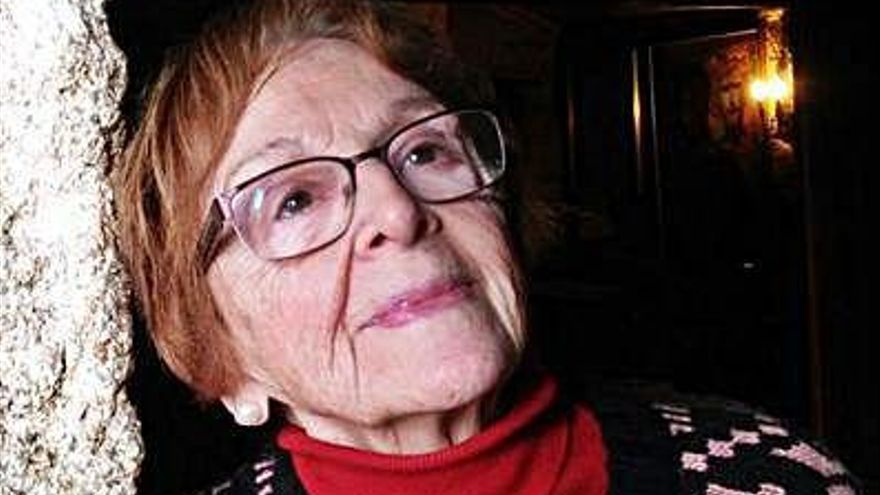 Fallece la pintora Elsa Pérez Vicente, viuda del artista Antón Abreu y madre de la actriz Alejandra Abreu