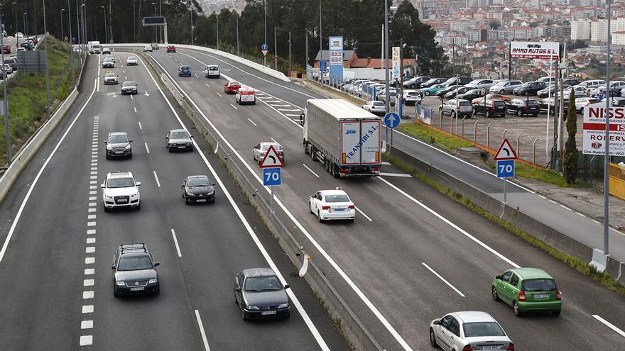 El Gobierno cobrará a partir de 2024 por el uso de autovías y carreteras convencionales