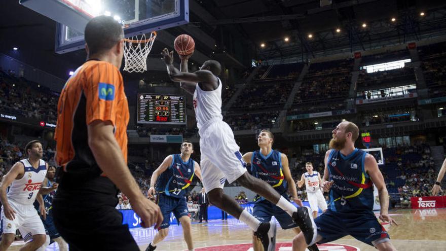 Llull somete al Andorra y pone al Madrid en semifinales