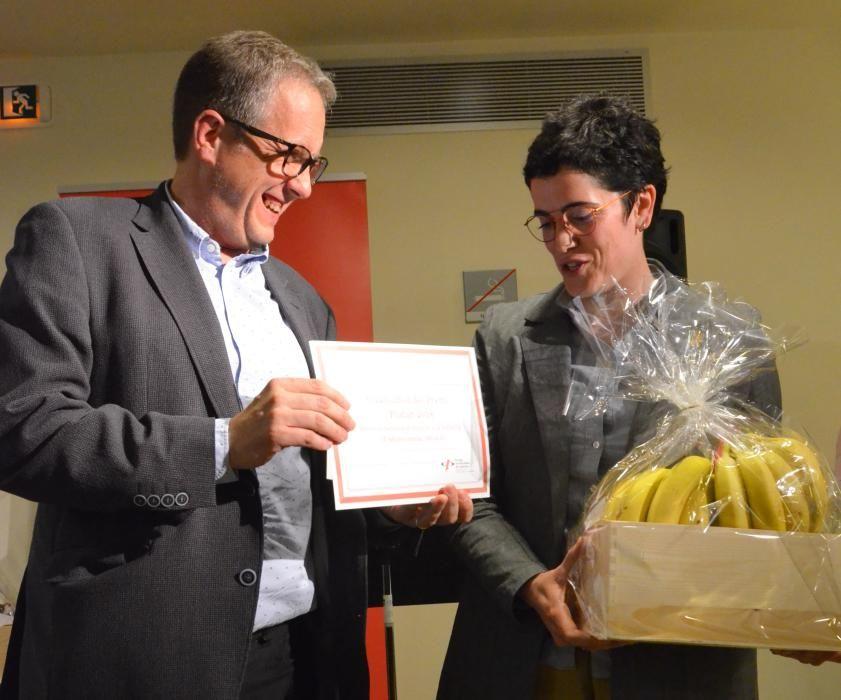 Els periodistes lliuren el premi Plata al servei de premsa dels Bombers i el Plàtan a la DGAIA