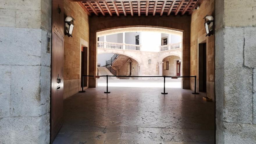 Condenado por abusar de un menor al que conoció a través de una app de citas en Baleares