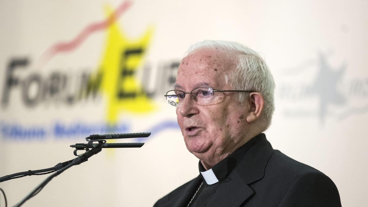 El arzobispo de Valencia, el cardenal Antonio Cañizares, en una fotografía de archivo.