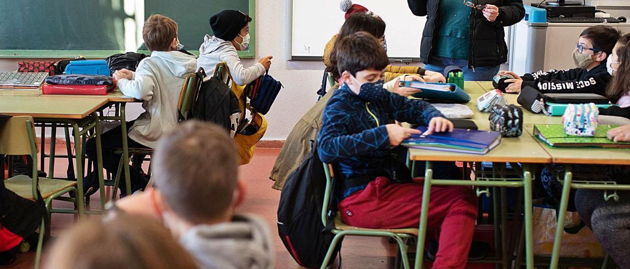 Una maestra durante una clase de Enseñanza Secundaria Obligatoria. | | CARSTEN W. LAURITSEN