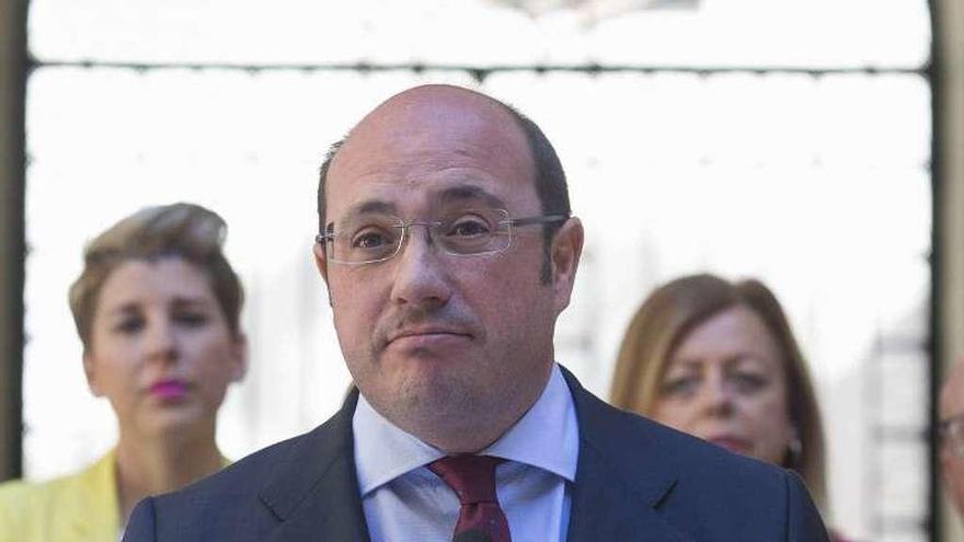 """El Tribunal Superior de Murcia investiga al expresidente regional por vínculos con la """"Púnica"""""""