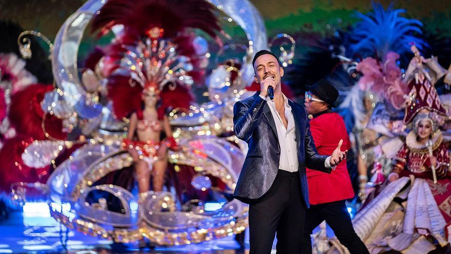 Enrique Camacho reinventa la gala como la 'Eurovisión del Carnaval'