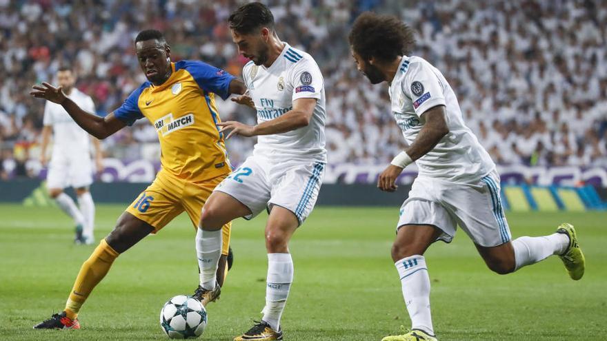 """Los mejores """"tuits"""" de la primera parte del Real Madrid-Apoel"""