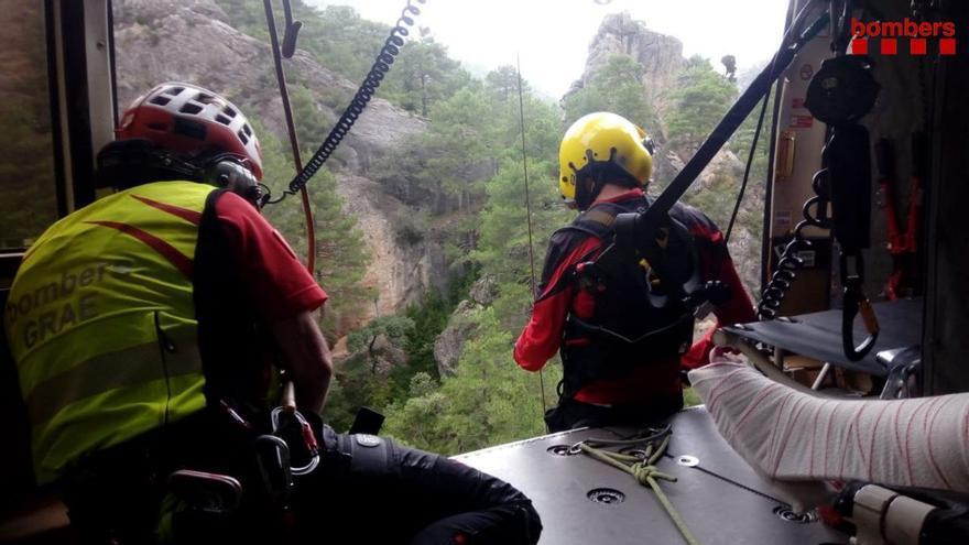 Muere un excursionista en Barcelona tras una caída de 50 metros