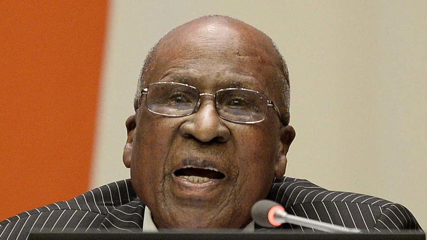 Muere Andrew Mlangeni, condenado con Mandela y héroe contra el Apartheid