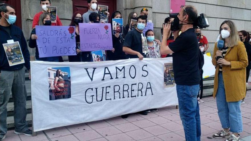 """La menor de Ourense agredida por un amigo para """"sentir lo que es matar"""" sale de la UCI"""