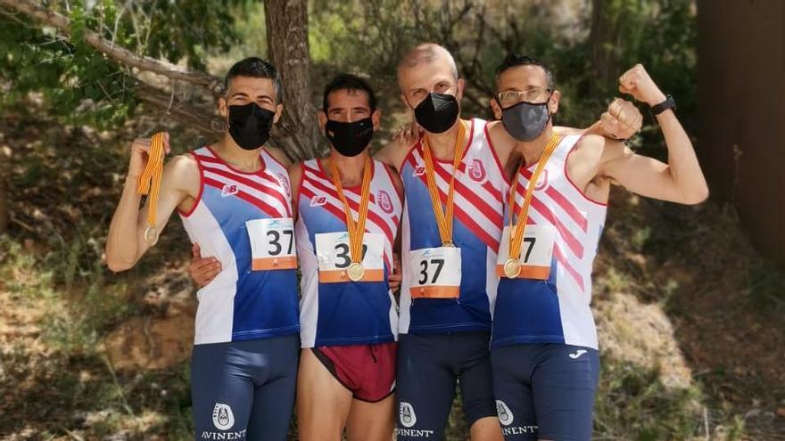 Allau de medalles per l'Avinent i el Petromiralles als Campionats de Catalunya màster