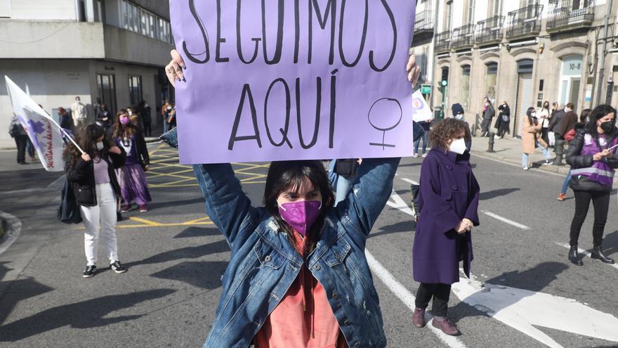 Día de la Mujer: el violeta toma la calle con medidas anticovid