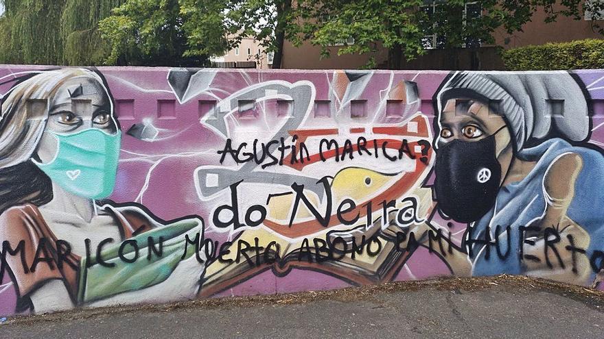 El Neira Vilas denuncia pintadas homófobas en un mural del centro