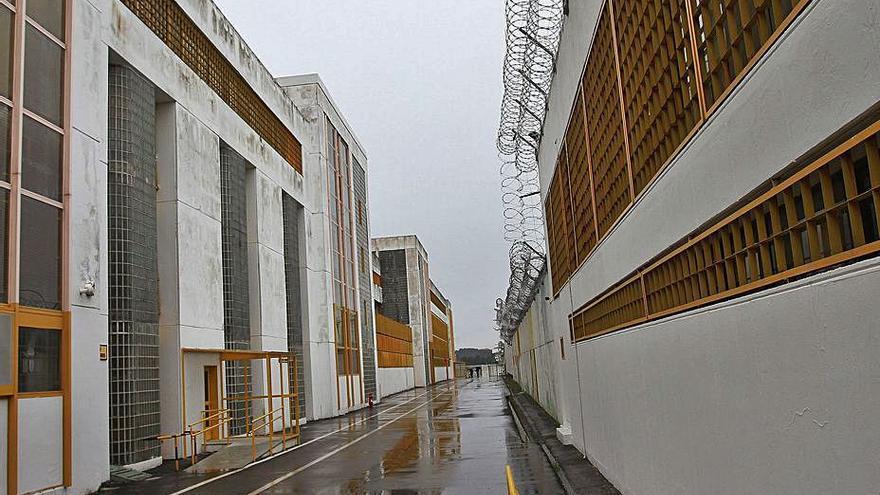 Diez presos de Pereiro se forman como auxiliares de psiquiatría para servir como apoyo a otros internos
