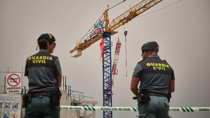Valbuena pedirá por tercera vez a Costas que paralice la obra del hotel de La Tejita