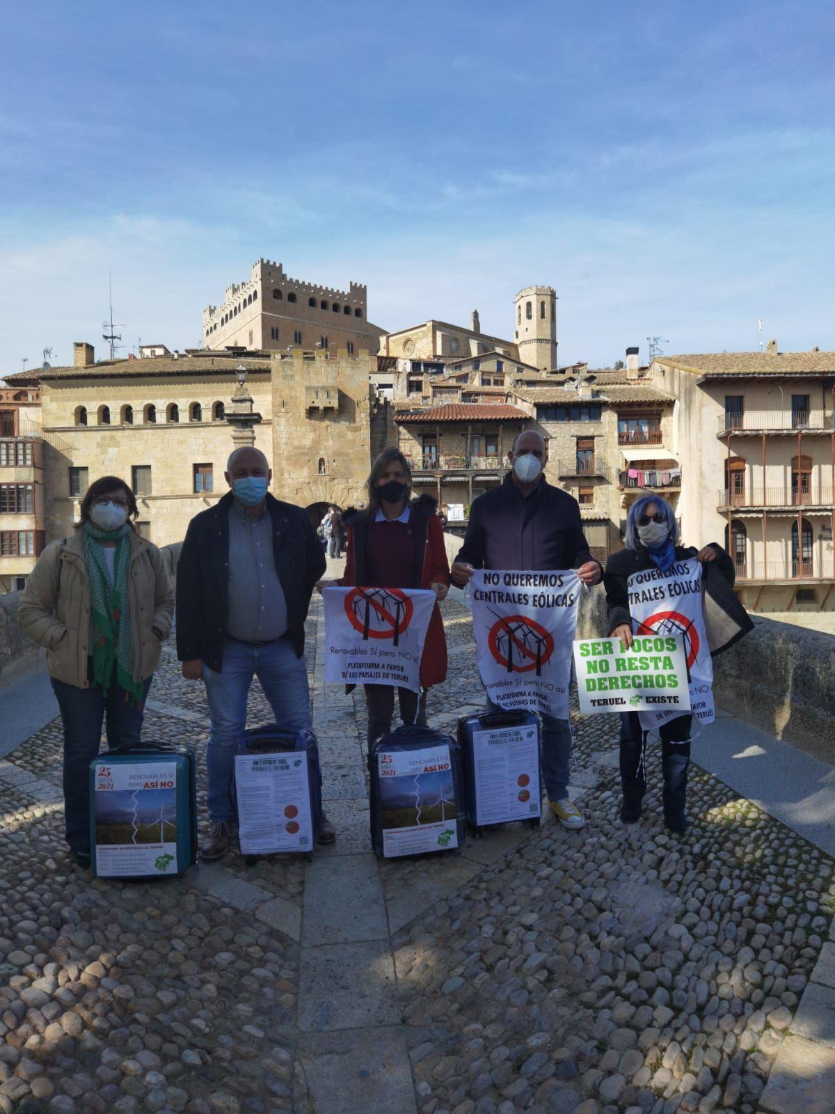 Protesta por la instalación de parques eólicos en el municipio de Valderrobres