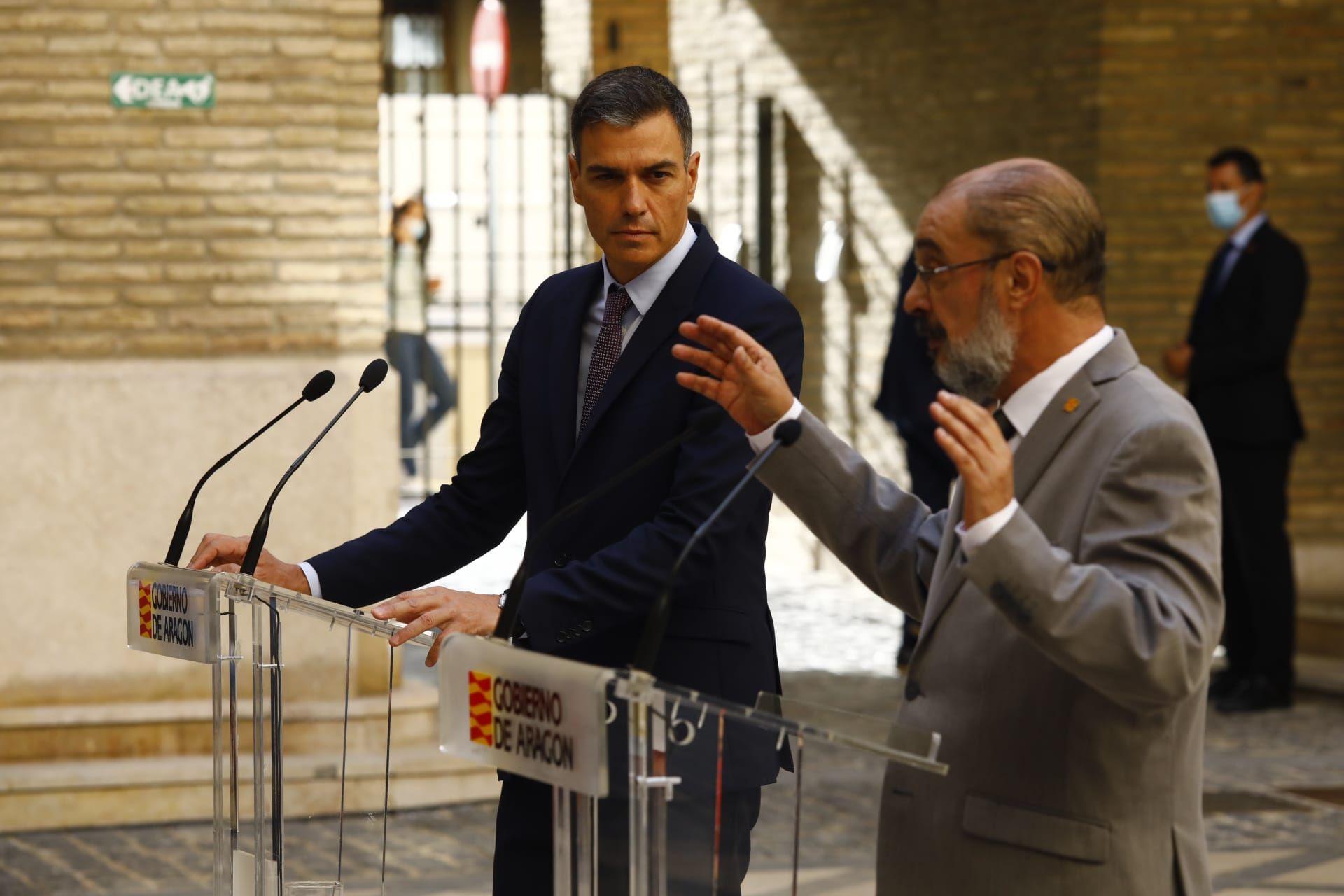 FOTOGALERÍA   Sánchez y Lambán se han reunido en el Pignatelli para analizar la candidatura olímpica de 2030