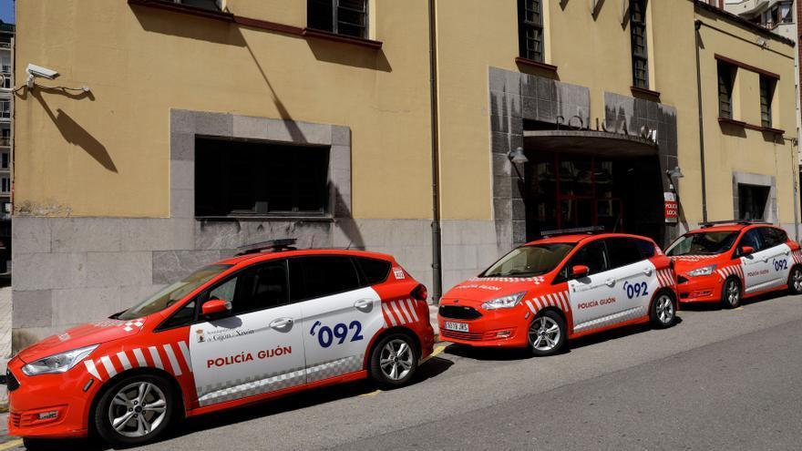 Detenido por agredir a su pareja y a agentes de la Policía Local en Gijón