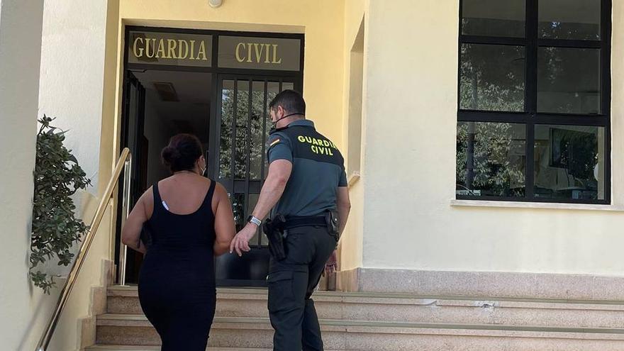 Detenida una trabajadora de una residencia de Calp por robar 10.000 euros a una anciana