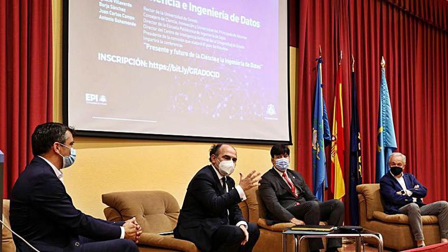 """Las altas perspectivas de los nuevos estudios de Ingeniería de Datos de la Universidad de Oviedo: """"Van a poder elegir dónde trabajar"""""""