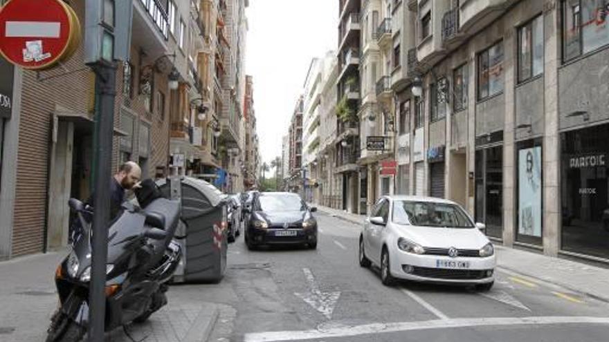 La reurbanización de la calle Isabel  la Católica cortará seis meses el tráfico