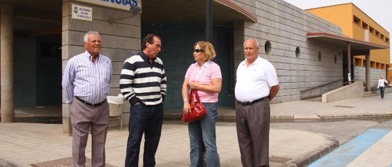 De izquierda a derecha, Vicente Fajardo, fallecido, José Fuentes, María Jesús Vera y Bartolo Hierro.