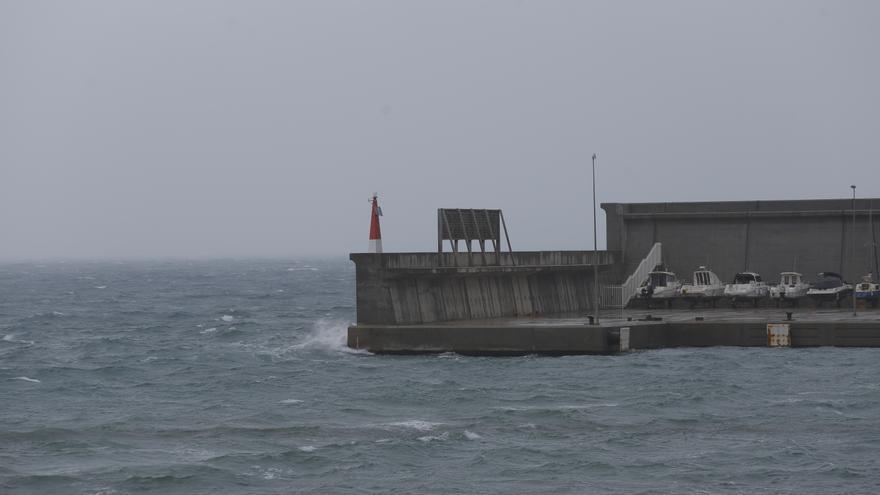 El Puerto de València, cerrado al tráfico marítimo por condiciones adversas