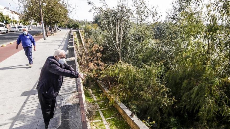 Podemos exige que se apliquen los 300.000 euros del presupuesto para la limpieza del río