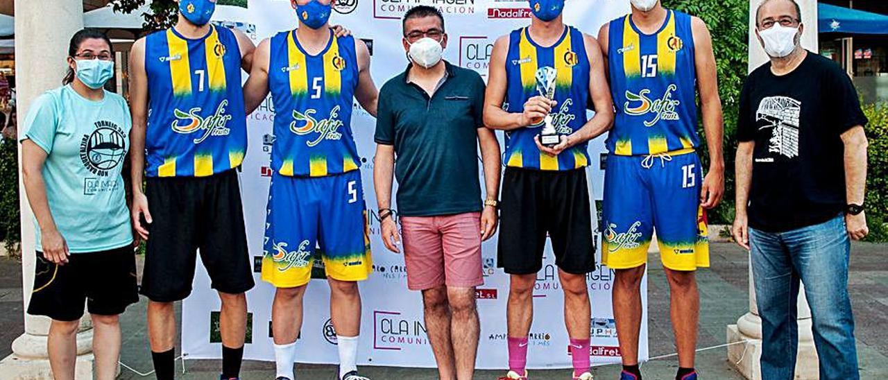 Los representantes del Alginet ganaron el torneo veraniego. | LEVANTE-EMV