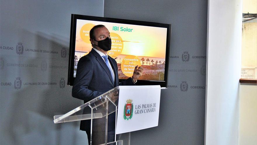 La ciudad rebaja el IBI a los vecinos y empresas que instalen placas solares