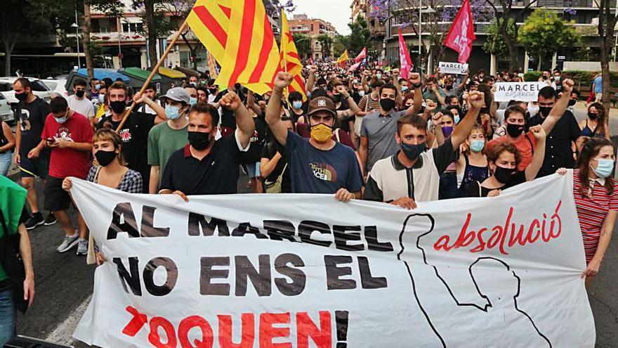 La CUP acusa el Govern de «duplicar» acusacions per condemnar independentistes