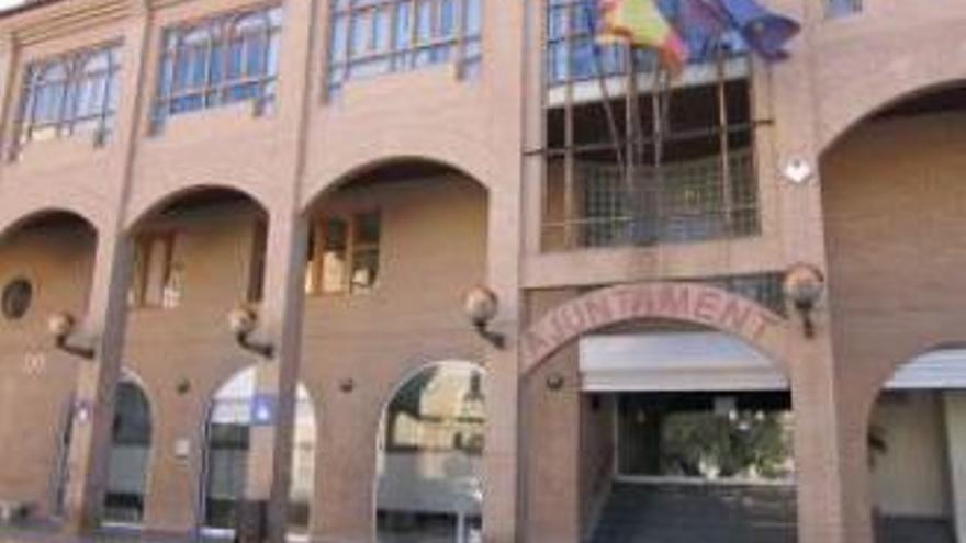 Llíria cierra dos oficinas municipales tras detectar tres casos de covid-19