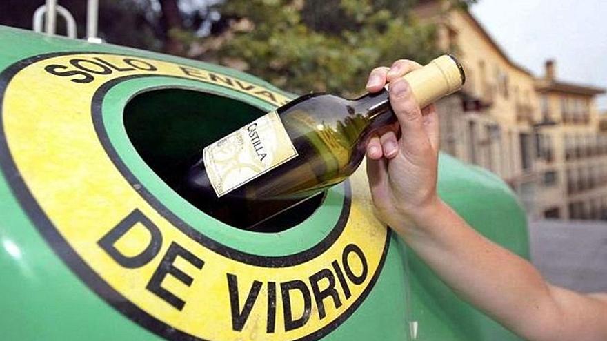 Rincón promueve el reciclaje de envases de vidrio entre la hostelería