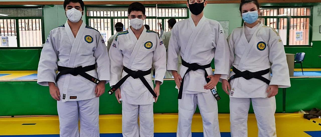 Nuevos cinturones negros en el Judo La Calzada   JUDO LA CALZADA